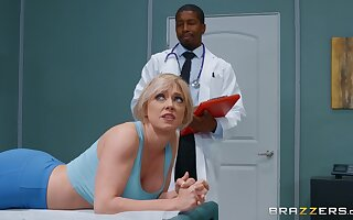 Dee Williams comes to visit her black doctor and fucks with him