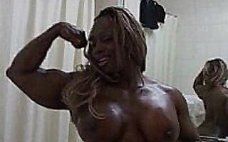 Ebony Body Builder Honey Dayana